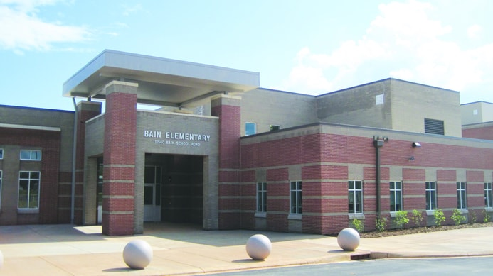 Photo of the front view of Bain elementary school in Mint Hill North Carolina